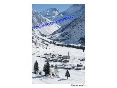 Carte postale Le Bois Champagny le Haut en hiver en vanoise