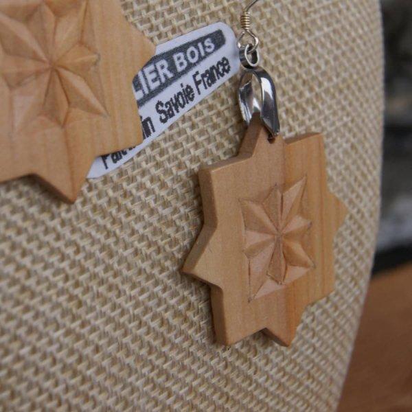 boucles d'oreilles découpée sculptée bijoux nature bois massif merisier fait main