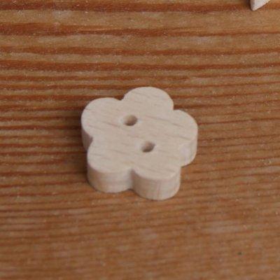 Bouton en bois massif  fleur a decorer et a coudre loisirs créatifs, fait main