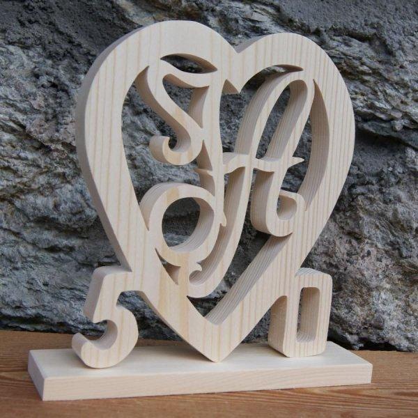 Coeur anniversaire, initiales et années personnalisées, bois épicéa massif