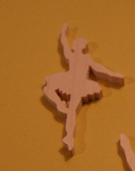Figurine danseuse 3mm bois massif fait main embellissement scrapbooking danse