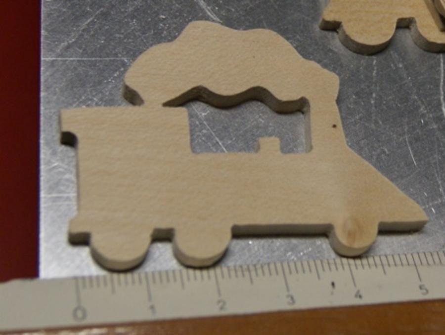 figurine locomotive, marque place, miniatures loisirs créatifs embellissement bois scrapbooking fait main