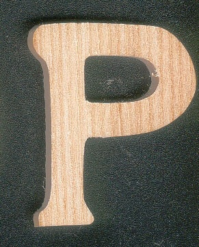 Lettre P en bois a peindre et a coller hauteur 5 cm