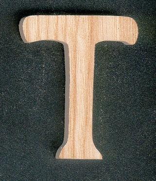 Lettre T en bois