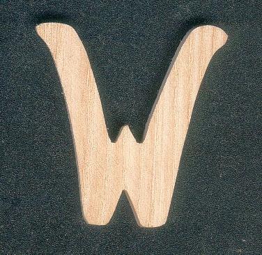 Lettre W en bois de frene hauteur 5 cm