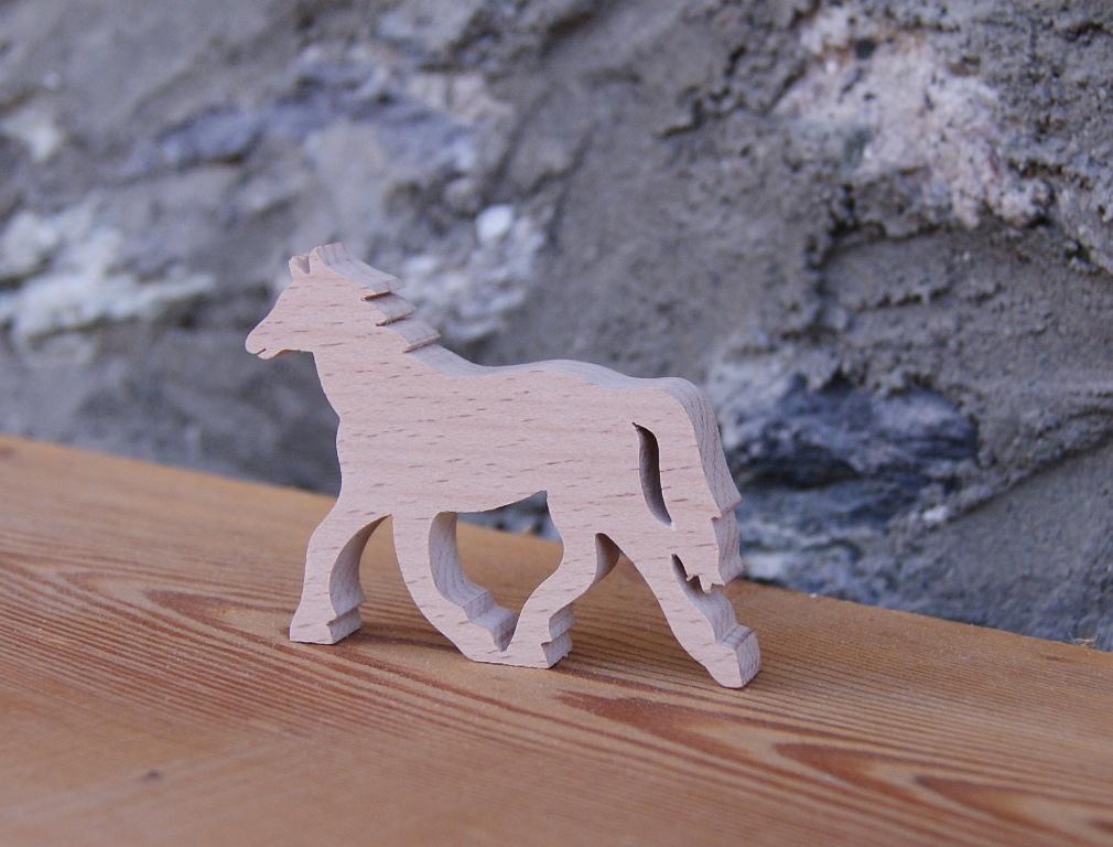 Marque place marque place cheval mariage theme animaux - Rond de serviette en bois a decorer ...