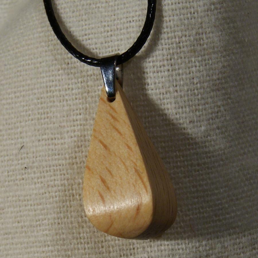 pendentif goutte en bois de Hêtre ciré, bijou éthique fait main