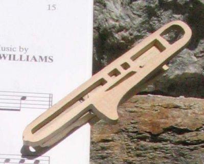 pince à partition trombone bois massif fait main, cadeau original et utile msusicien tromboniste