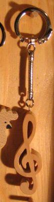 porte cle clef de sol, cadeau musicien, bois massif fait main