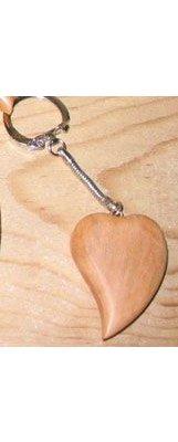 porte clef coeur incliné merisier sculpté fait main, cadeau saint valentin, noces de bois