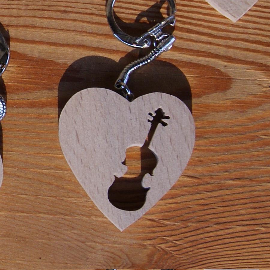 porte clef coeur et violon fabrication artisanale, cadeau musicien violoniste