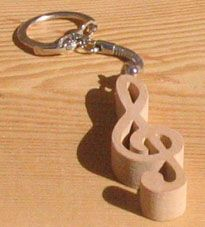 Porte clef bois porte cle clef de sol cadeau musicien for Porte cles en bois