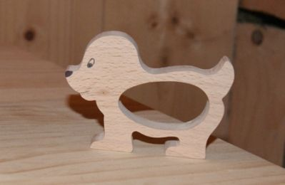 en bois rond de serviette chien fabrication artisanale. Black Bedroom Furniture Sets. Home Design Ideas