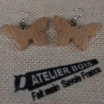 boucles d'oreilles papillon en bois de frêne massif bijoux éthique en bois, bijou nature ciré, fait main
