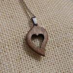 pendentif noce de bois coeur Saint Valentin bois et nature