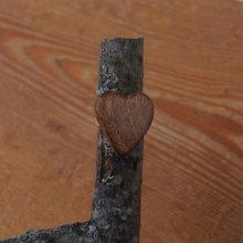 Bague cabochon en bois forme coeur Noyer largeur 20mm