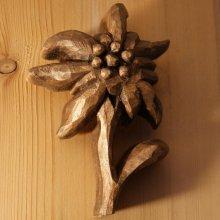 Edelweiss en bois découpée sculptée main cirée ton noyer, tilleul, sculpture, décoration intérieure