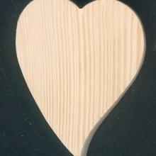 Coeur en bois massif  6 x 7.5 cm forme inclinée avec ou sans piton d'accrochage, fait main