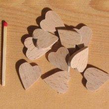 10 coeurs miniatures a coller a decorer embellissement bois massif scrapbooking fait main