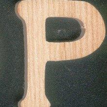 Lettre P en bois
