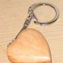 porte clef coeur, cadeau noces de bois, saint valentin