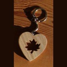 porte clef coeur et feuille d'érable