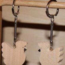 porte clef poule, poulette bois de merisier massif fait main